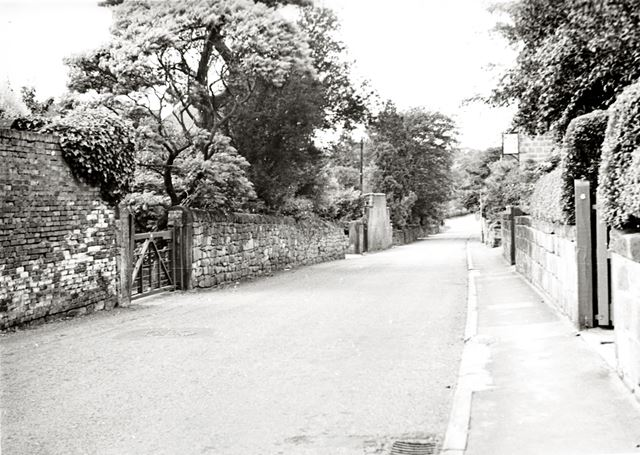 Hazelwood Road and the New Inn, Duffield, 1970s