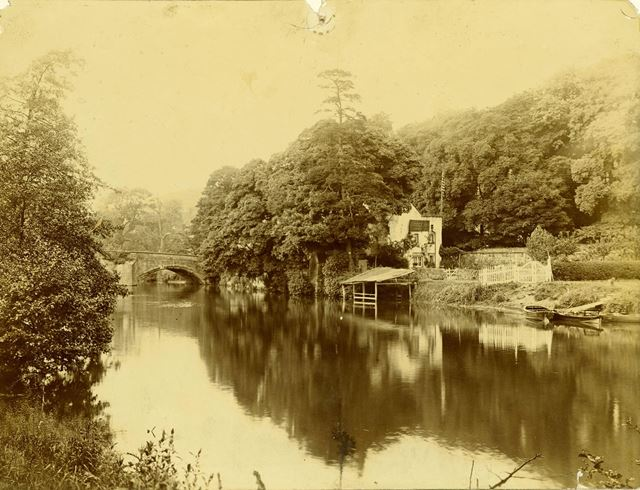 Bridge Inn Public House and Duffield Bridge over the river Derwent, Duffield, c 1900s