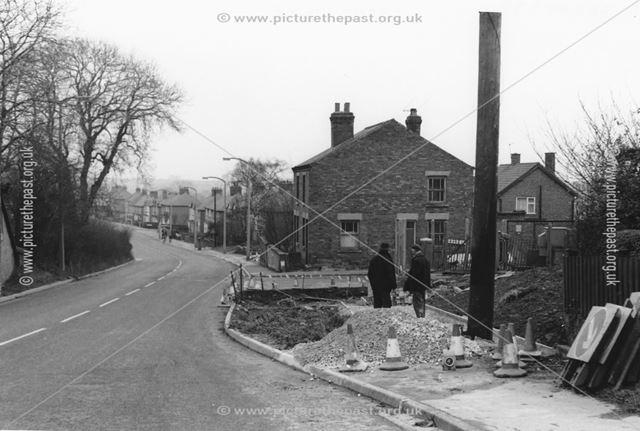 Road windeningon Nottingham Road, Ripley
