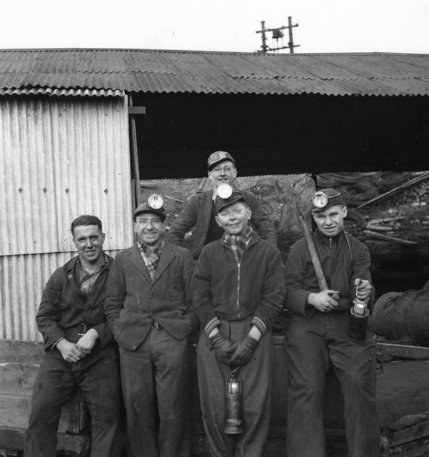 Maintenance workers at Harshay pit c1955