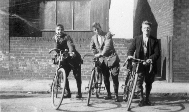 Members of Ripley Clarion Cycle Club 1923