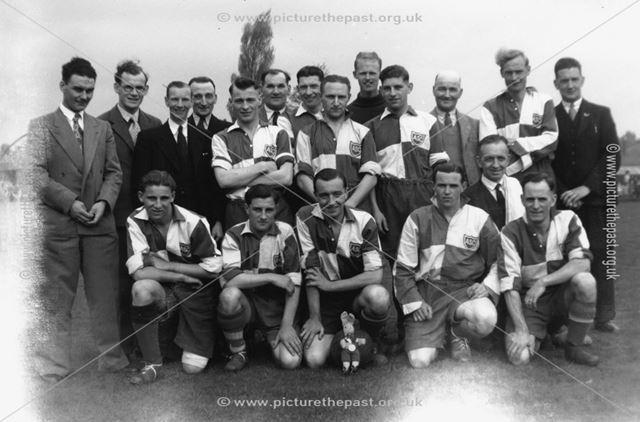 Aldercar football team at the Ilkeston Rutland final
