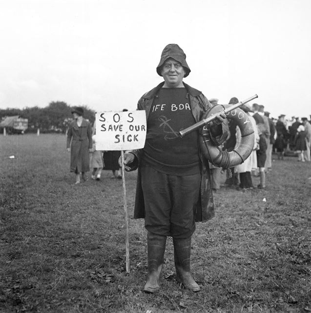 Ripley Carnival, Playing Fields, Nottingham Road, Ripley, 1936