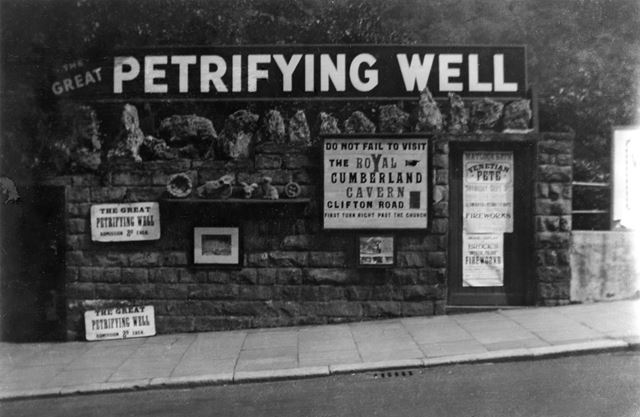 The Petrifying Well, South Parade (A6), Matlock Bath, c 1936