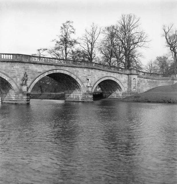 Paine's Bridge, Chatsworth