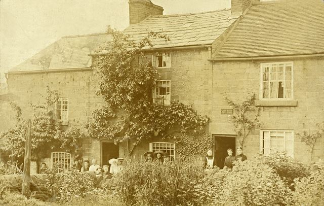 Cottages, Field Row, Belper, c 1910