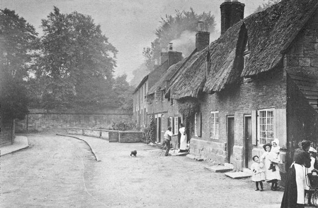 Cottages in Tamworth Street, Duffield