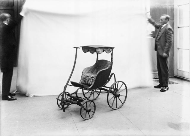 Child's carriage at Chatsworth, 1923
