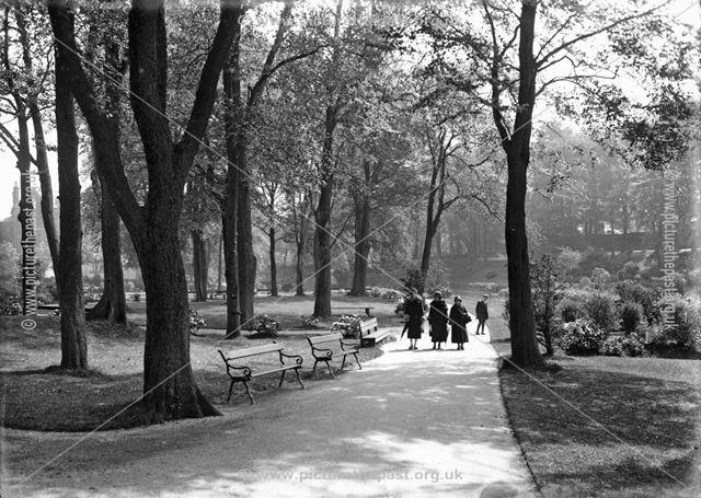 Serpentine Walk, Buxton, c 1935