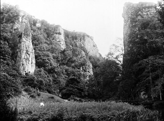 Pickering Tor and Ilam Rock, Dovedale