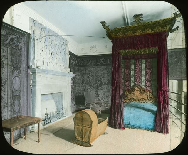 State bedroom, Haddon Hall