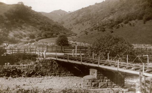 Railway Bridge, Manifold Valley