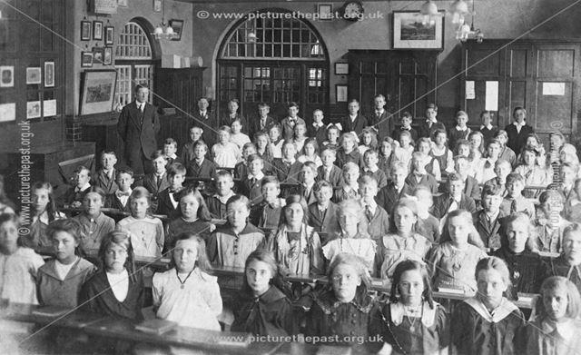 Creswell C of E School children
