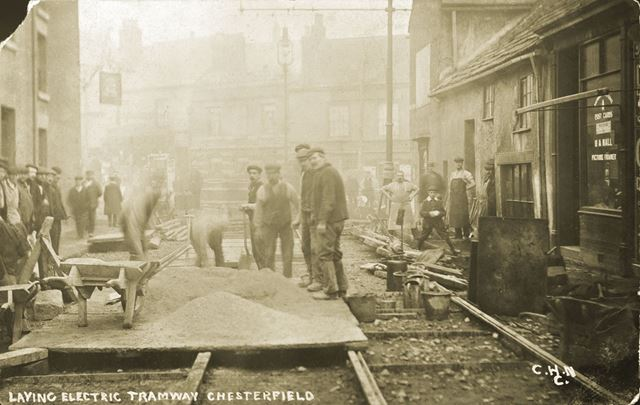 Laying the Electric Tramway, Cavendish Street 1904