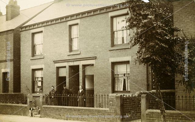 Houses on Heaton Street, c 1910