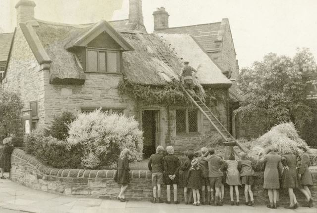Thatching Revolution House, Old Whittington, 1946