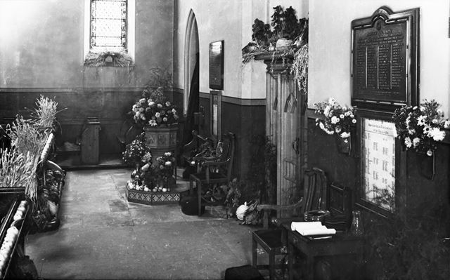 Harvest Festival, Holy Trinity Church, 31 Newbold Road, Chesterfield, 1947