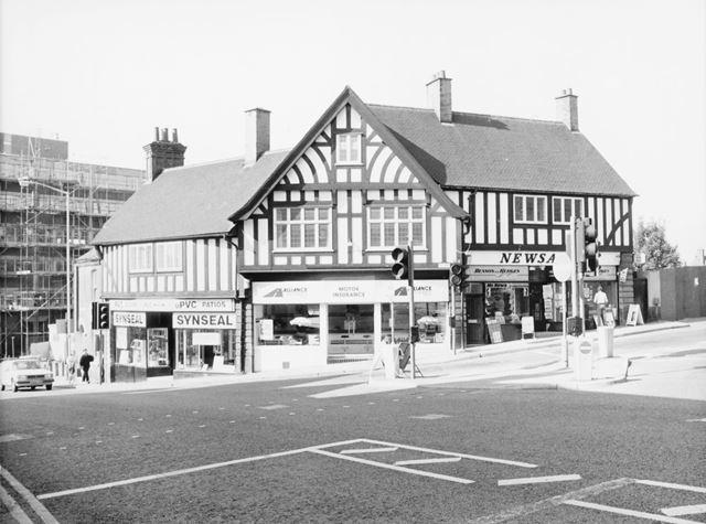 Corner of St Mary's Gate and Vicar Lane, Chesterfield, 1989
