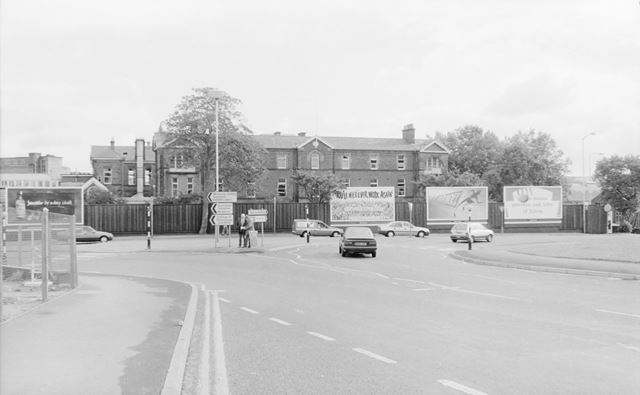Roundabout, Holywell Street, Chesterfield, 1991