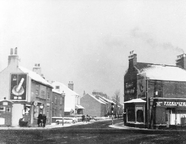 Junction with Old Hall Road, Chatsworth Road, Brampton, Chesterfield, c 1940