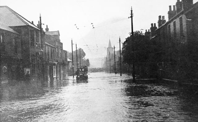 Flooding on Chatsworth Road, Brampton, Chesterfield, 1922