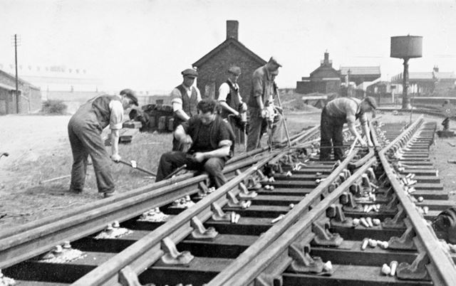 Re-laying railway track at Barrow Hill