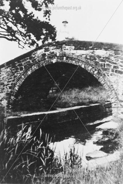 Huggester Bridge, Mastin Moor