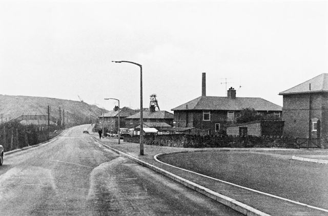 Fan Road, Staveley