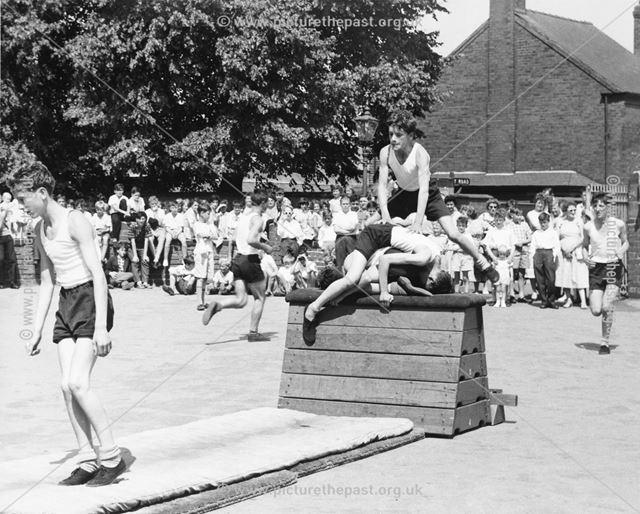 County Senior Boys School Gymnastic Display, Shirley Road, Ripley, c 1954