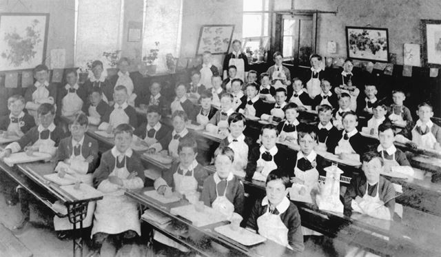 Pottery Class, Stonebroom School, Stonebroom, c 1920