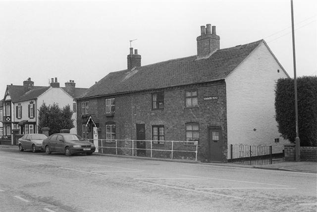 Common Road Cottages, Church Gresley, 2002