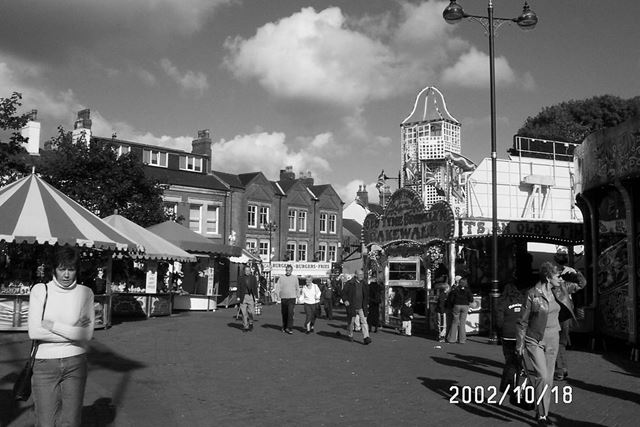 Ilkeston Fair, Helter-skelter and Cakewalk