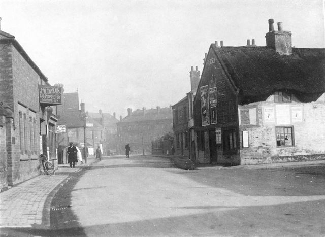 Sawley Road looking towards The Market Place