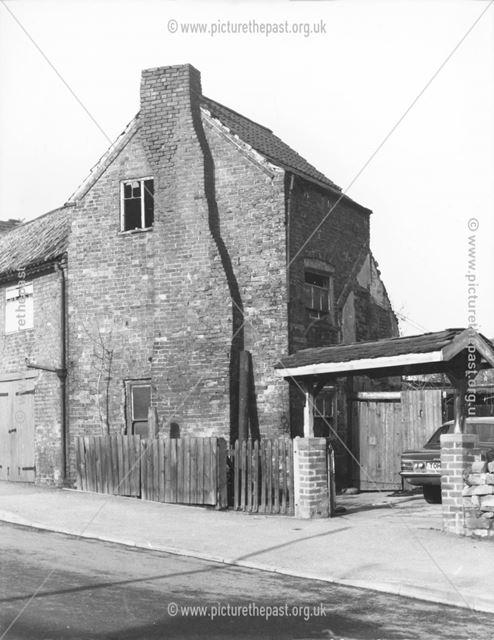 Derelict 'Soughclose' Cottages, Ilkeston