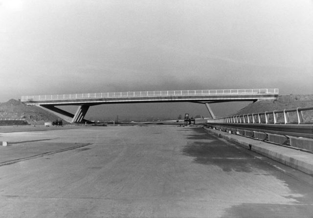 M1 Motorway, Sawley