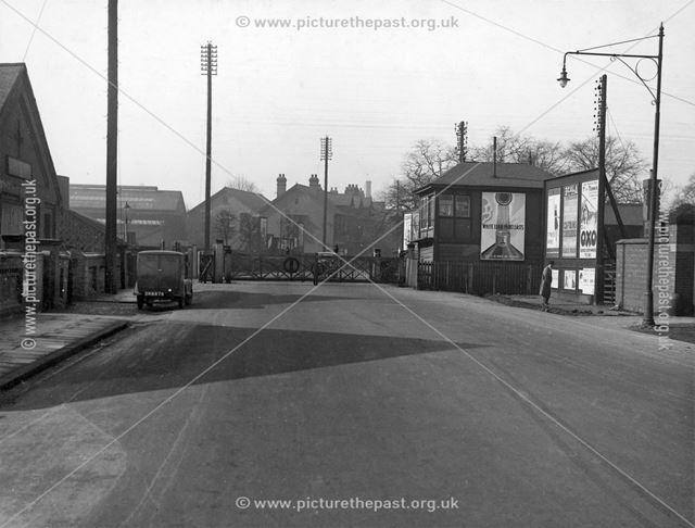 Nottingham Road Level Crossing