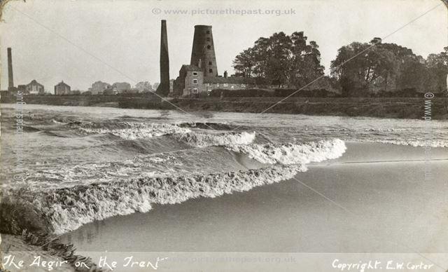 Aegir on the River Trent, Beckingham, c 1910s
