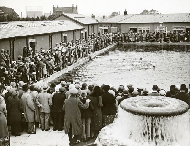 Long Eaton Outdoor Swimming Baths, c 1935-36