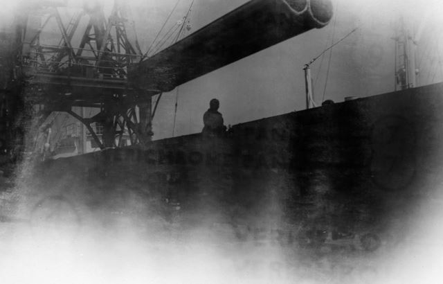 Stanton Pipes at Grimsby Docks, c 1930s-50s