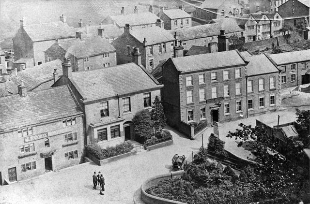 The Royal Hotel, Old Bank and Bridge End Inn