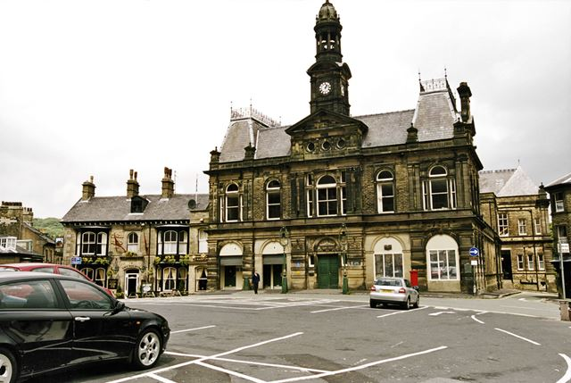 Town Hall and Kings Head Inn