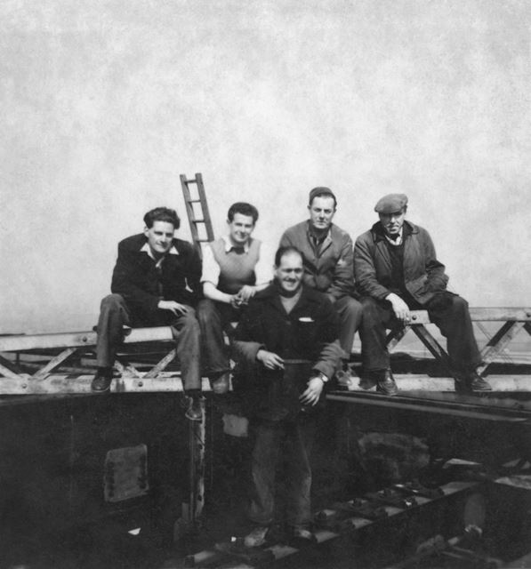 Willington Power Station, Group of workers