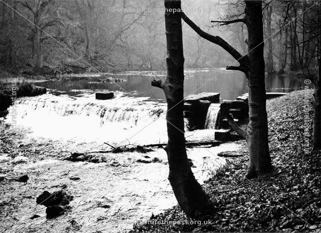 River Lathkill, Lathkill Dale