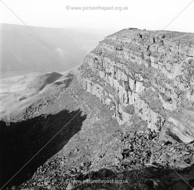 Alport Castles, Alport, 1969