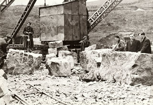 Workmen with a drill and crane, Dene Quarries, Cromford