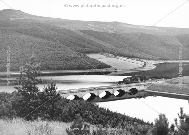 Ashopton viaduct over Ladybower Reservoir Ashopton, 1960s