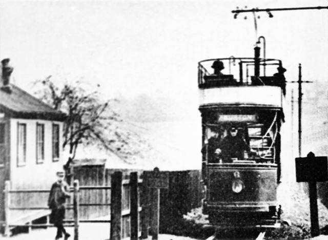 Tram heading to Burton on the Burton and Ashby Light Railway