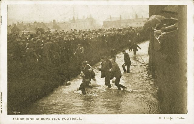 Ashbourne Shrovetide Football, Dig Street, Ashbourne, c 1907