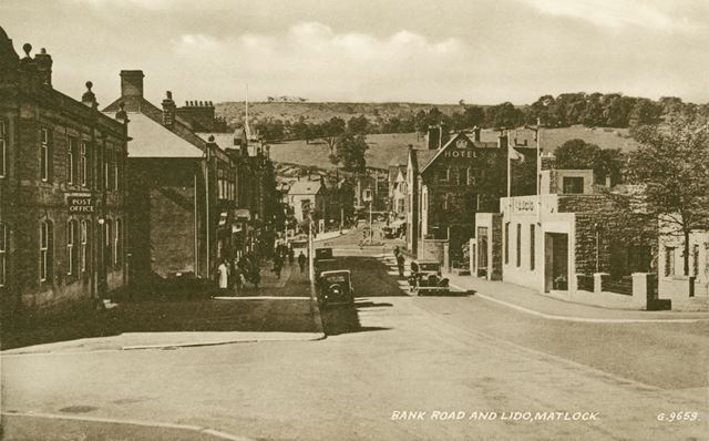 Bank Road and Lido, looking down to Crown Square