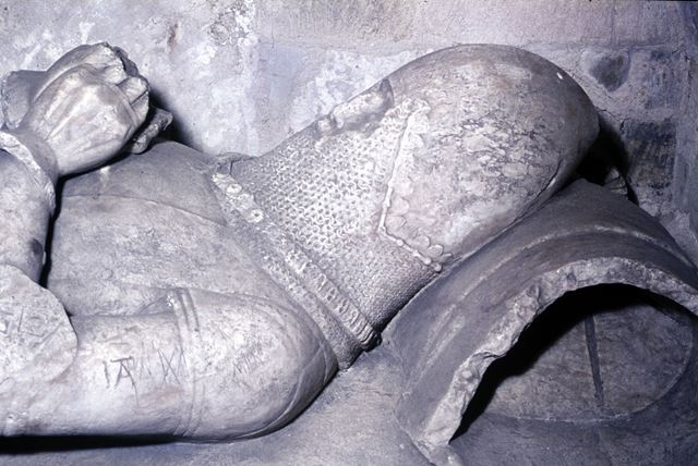 Head with Esses, one of the knights of the House of Lancaster, Longford Church?